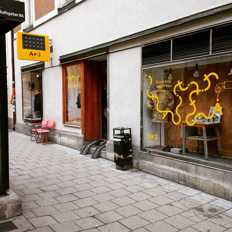 a+:) butik stockholm