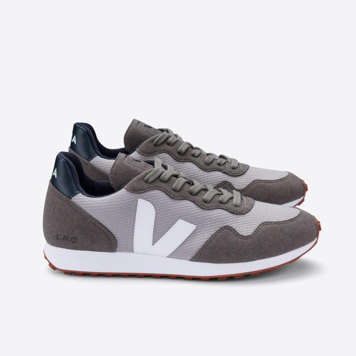 Vegansk sneaker från Veja tillverkad av återvunna, naturliga & ekologiska material
